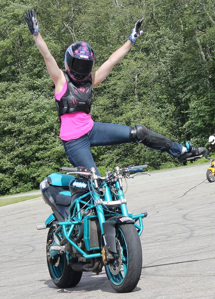Robyn Stunts Acro