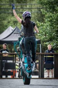 Robyn Stunts Hand Up