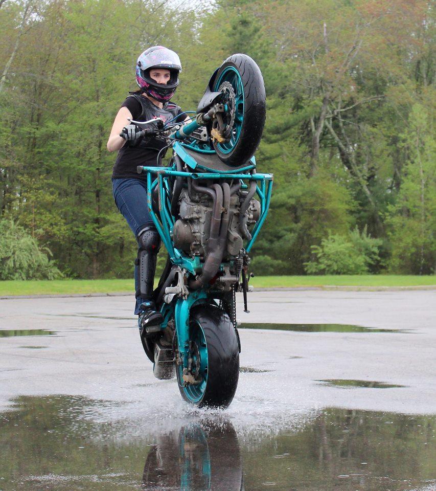 Robyn Stunts Rain Wheelie