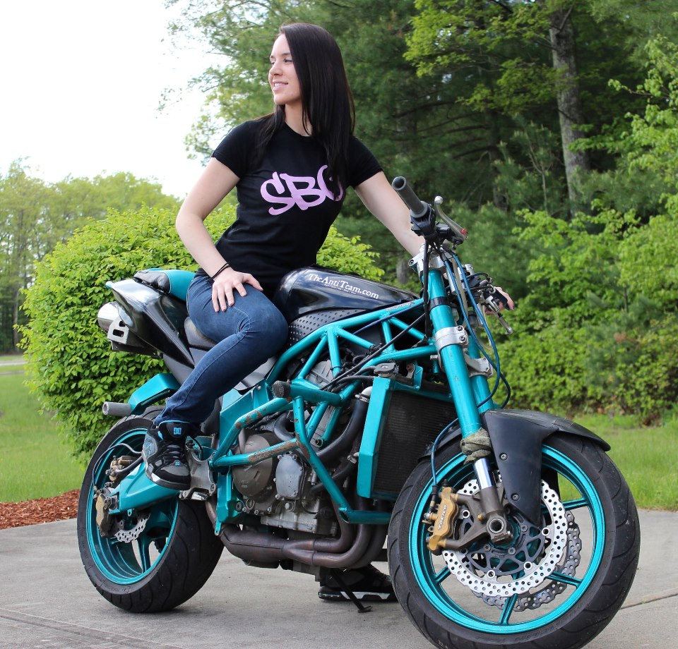 Robyn Stunts Sportbike Girls
